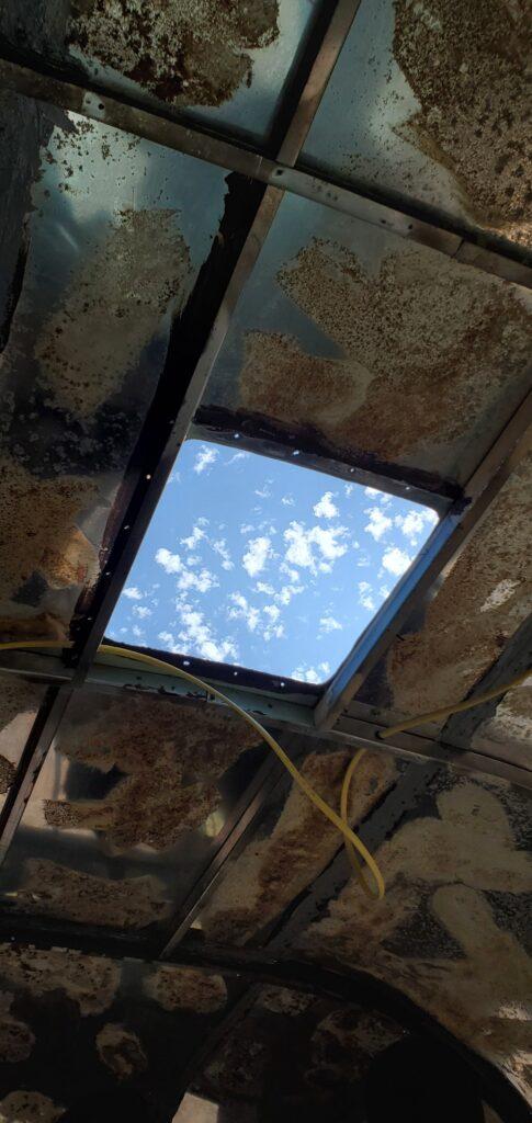 camper skylight